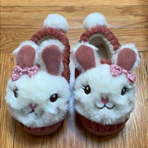 Other - Bunny rabbit slippers (NWOT)